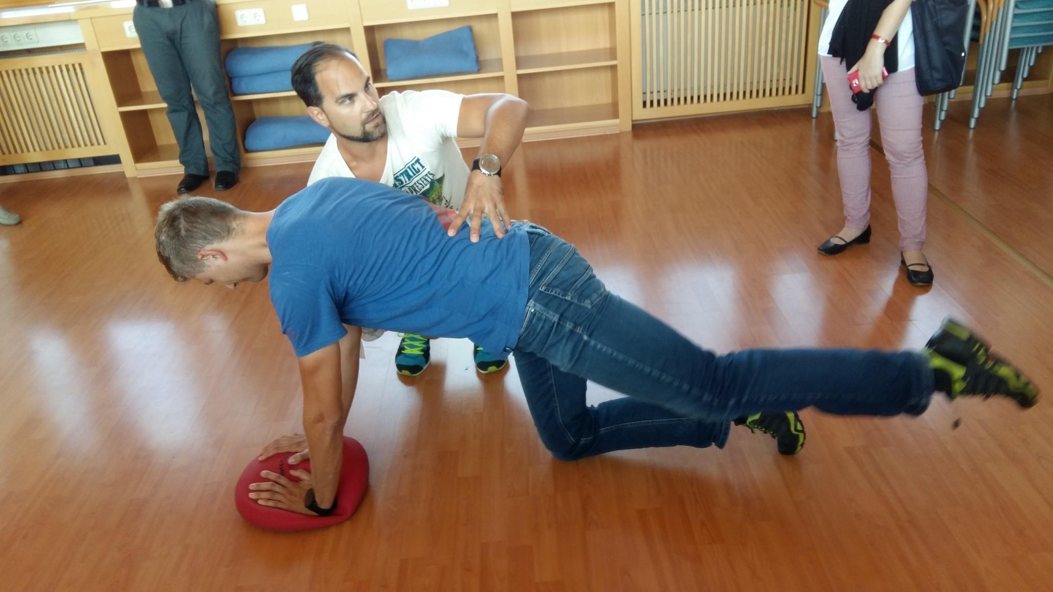 Занятие с пациентом с болью в спине